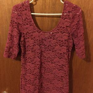 Mudd Wine Lace T-shirt Large
